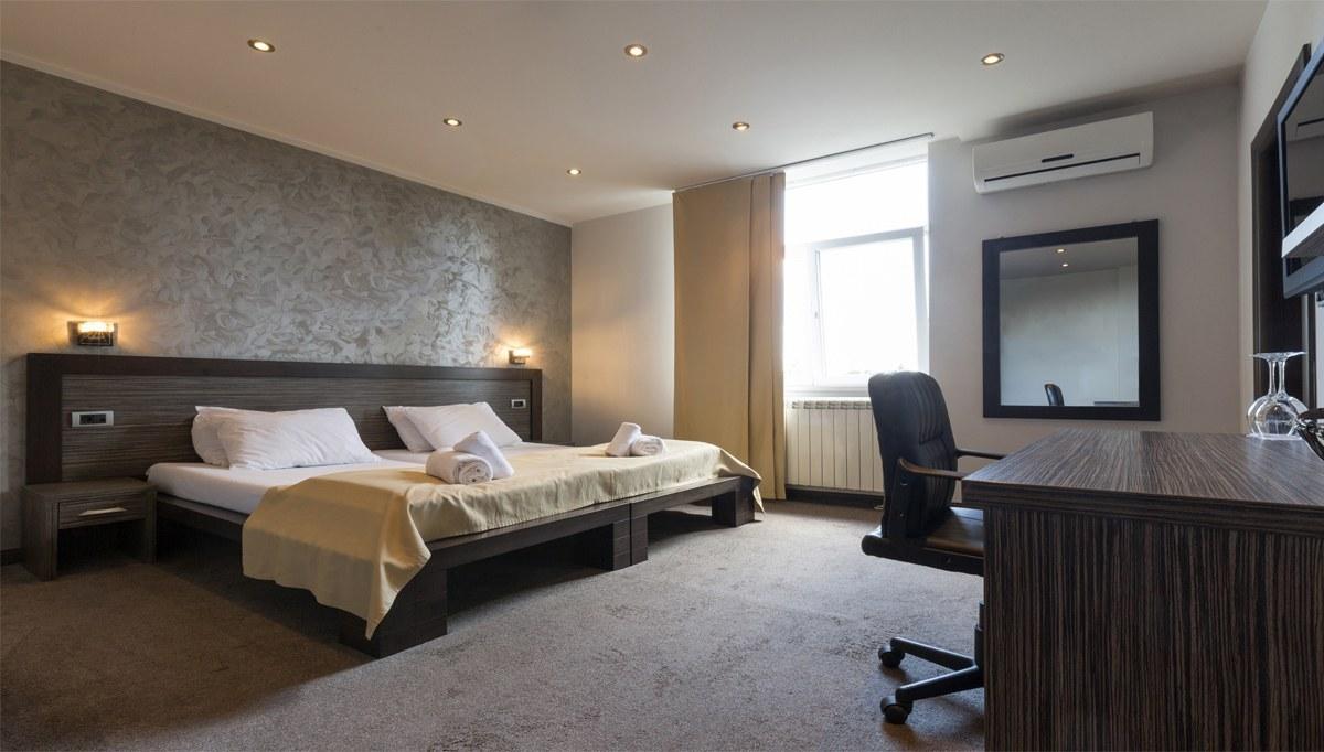 Armoni otel odası