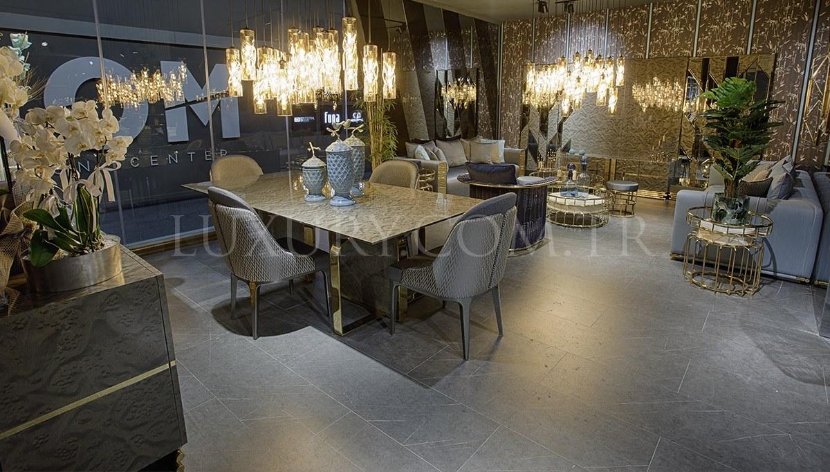 Conrad Luxury Metal Yemek Odası