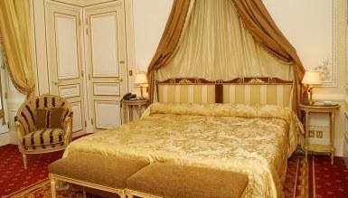 - Eforta Otel Odası