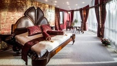 - Kral Otel Odası