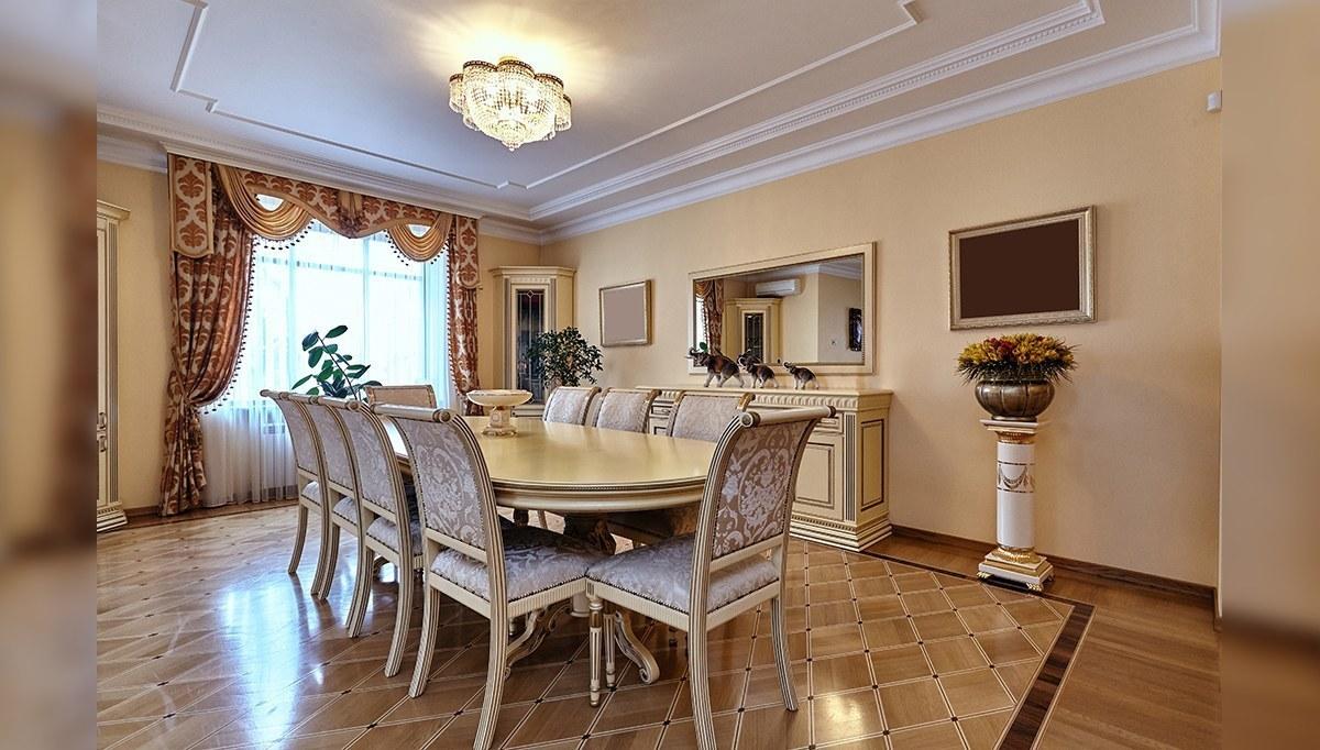 Kremlin Yemek Masası