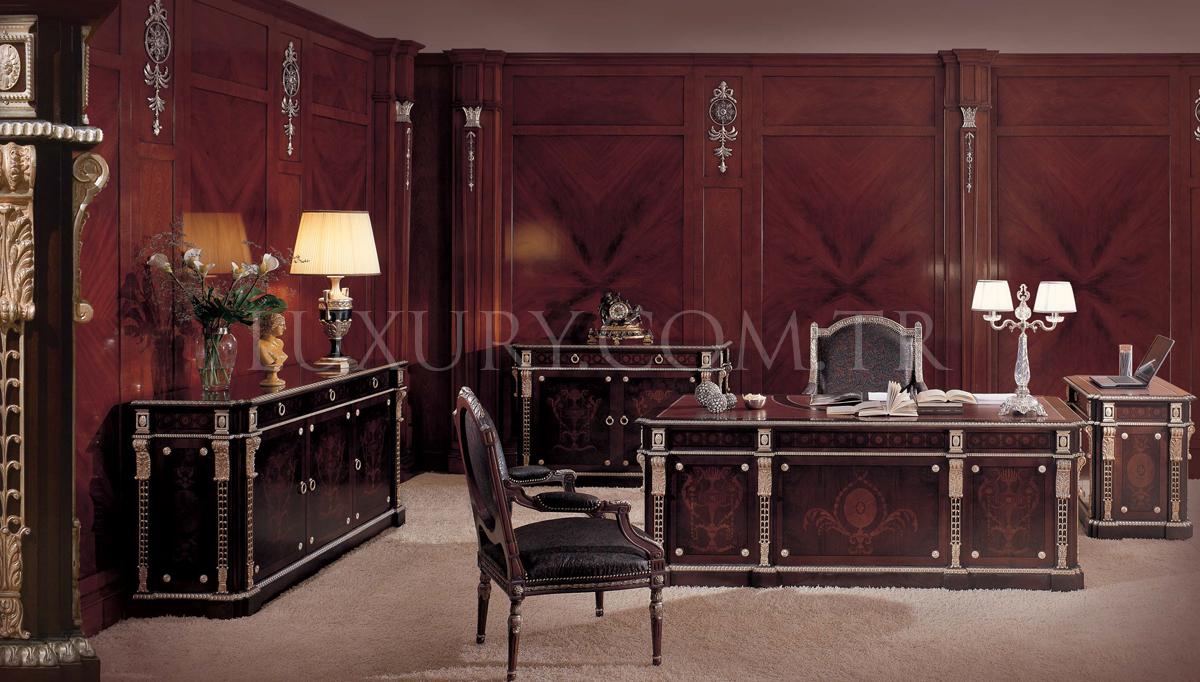 Lepon Klasik Makam Odası