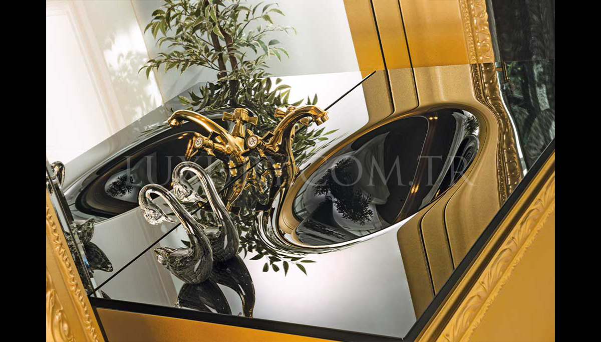 Lüks Disaste Altın Klasik Banyo Takımı