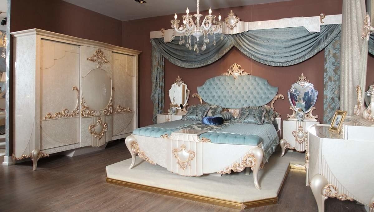 Lüks Hendek Klasik Yatak Odası