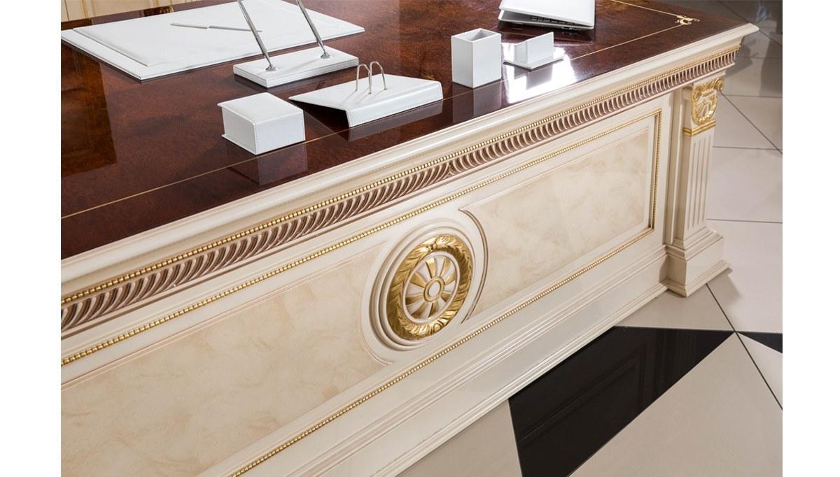 Lüks Larisa Klasik Makam Odası