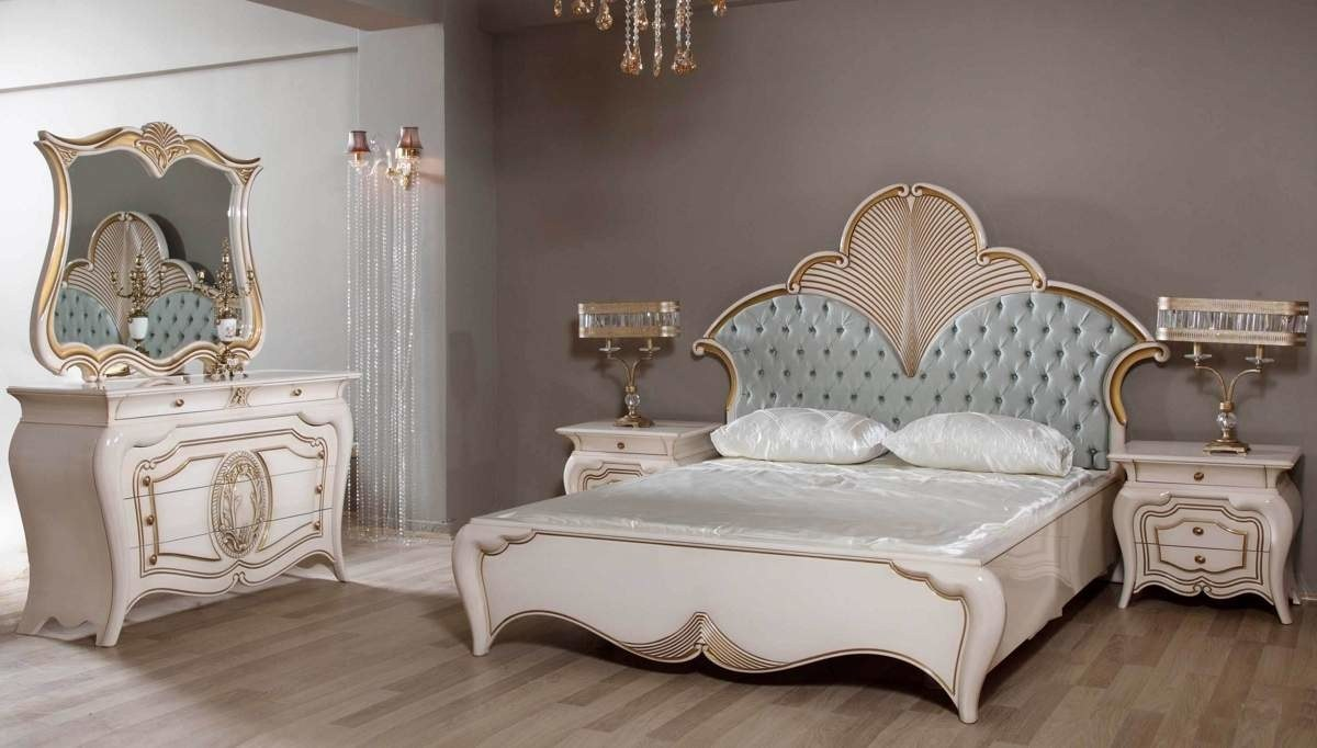 Lüks Mihrap Klasik Yatak Odası