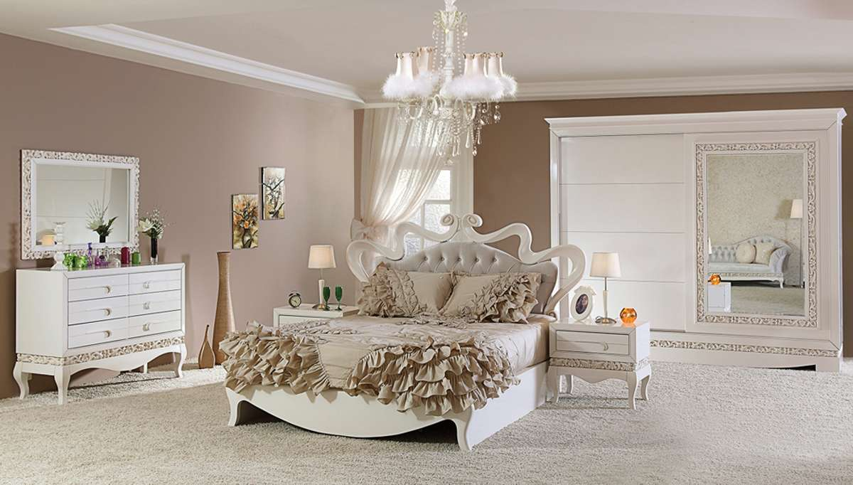 Lüks Pirema Klasik Beyaz Yatak Odası