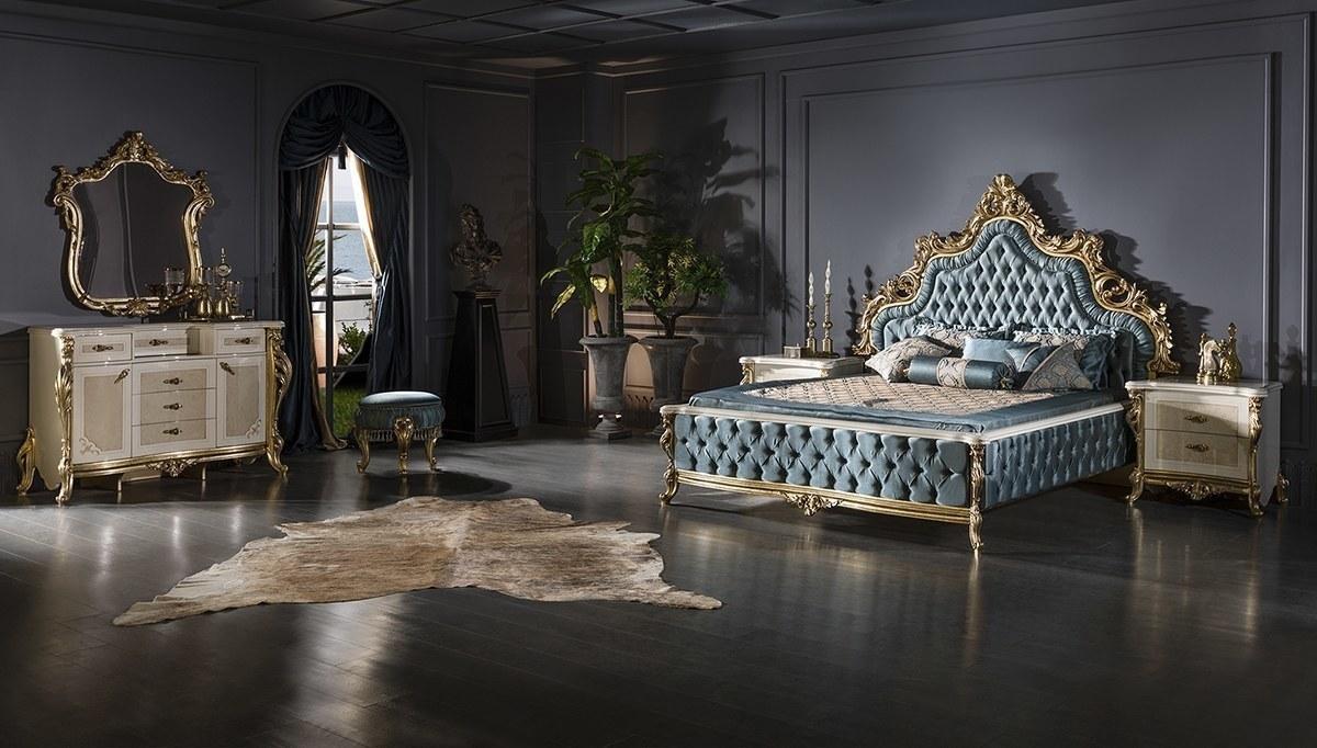 Lüks Sancak Klasik Yatak Odası