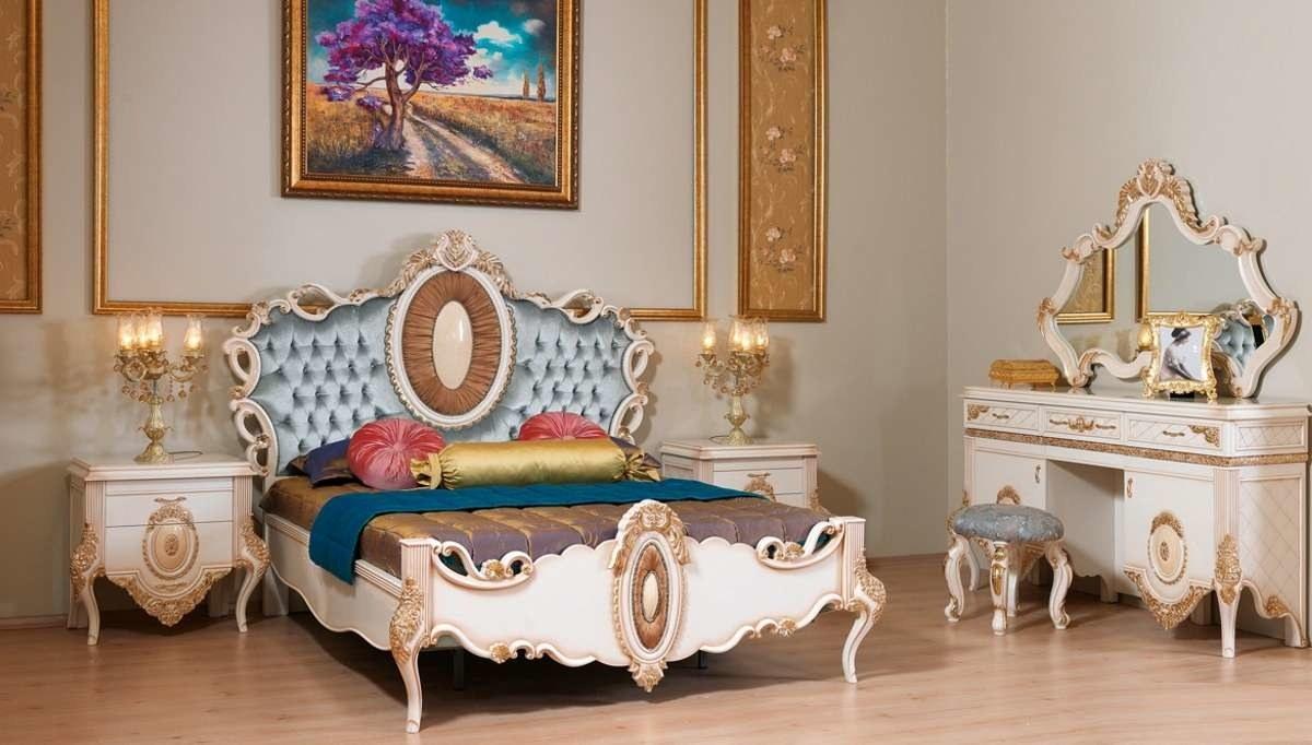 Lüks Sırma Klasik Yatak Odası
