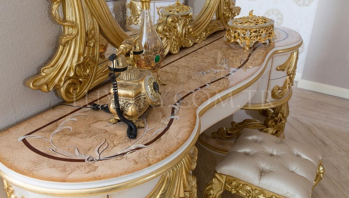 Lüks Sofia Klasik Yatak Odası