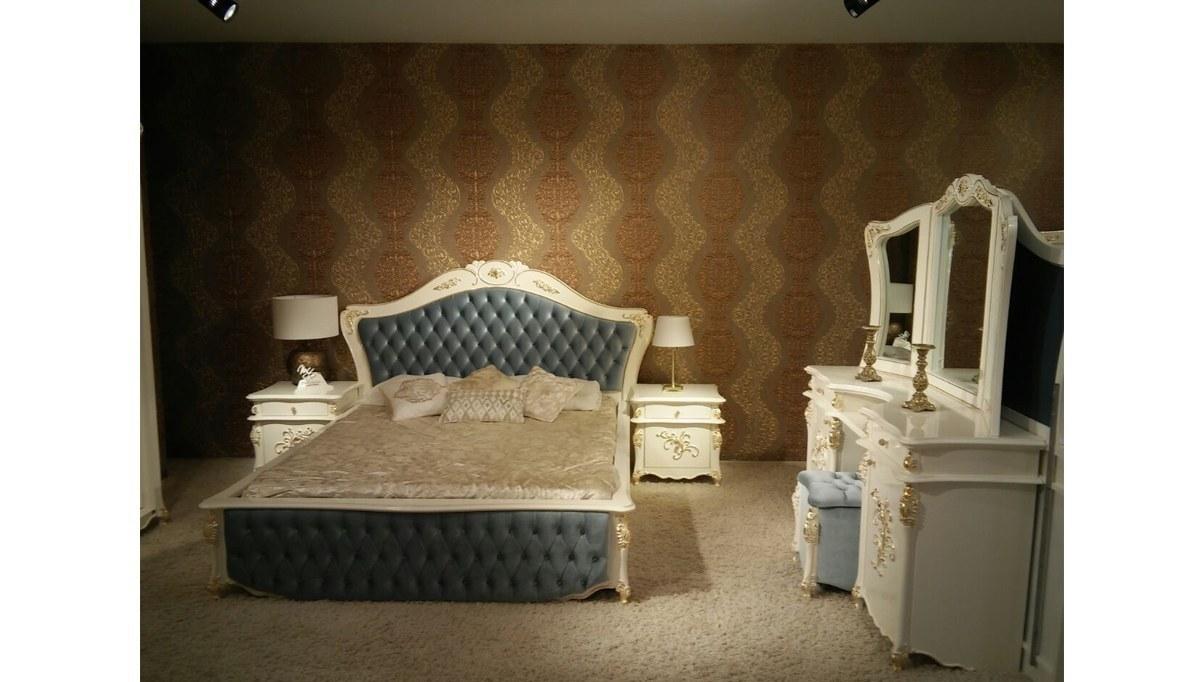 Lüks Soleze Klasik Yatak Odası