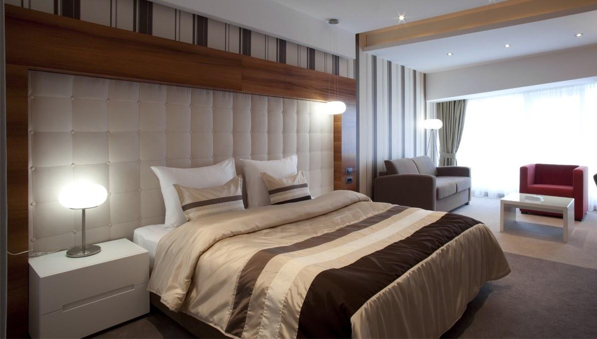 Napoli otel odası