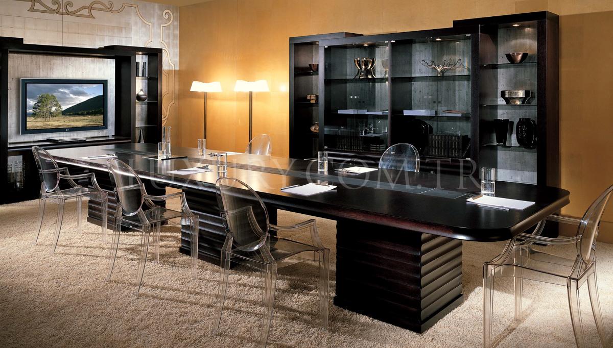 Robegas Toplantı Masası