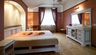- Zives Otel Odası